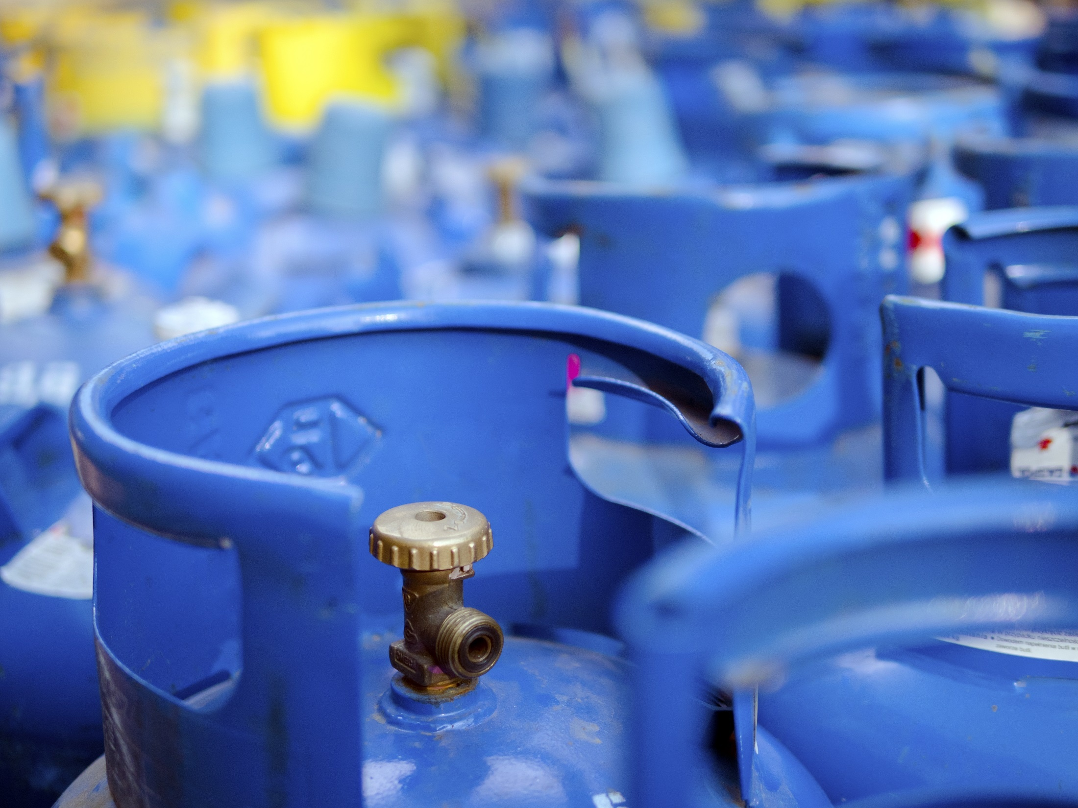 Safe storage of gas cylinders in the workplace